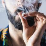 fumar-marihuana-02